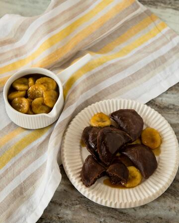 Nutella_Pierogies_with_Bananas_Foster_Sauce_Photo__Casey_Barber