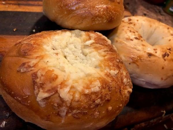 asiago bagels