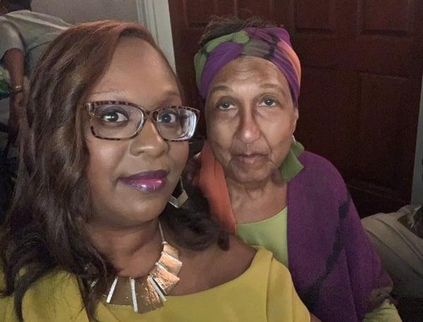 dara and mom