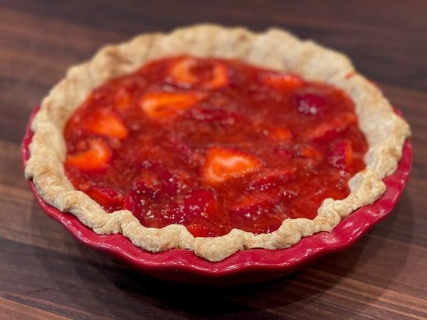 filled strawberry pie
