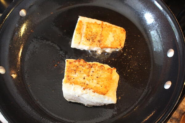 halibut in pan