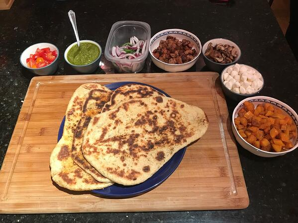 naan pizza toppings