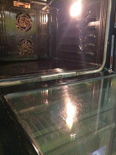 Avoiding Cleaning Your Oven Follow These Steps For An Easy Clean