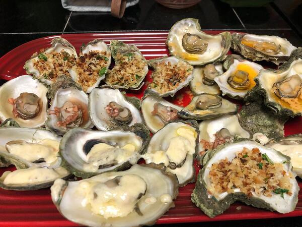 oysters 4 ways close-1