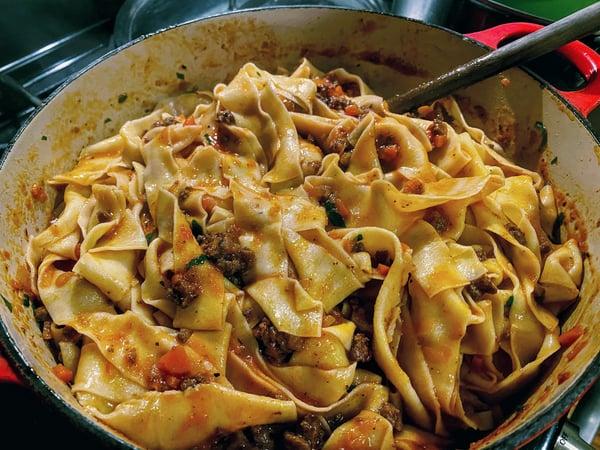 pasta bolognese pot