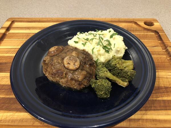 salisbury steak plated