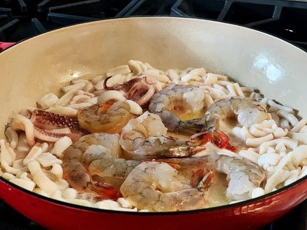 seafood braiser