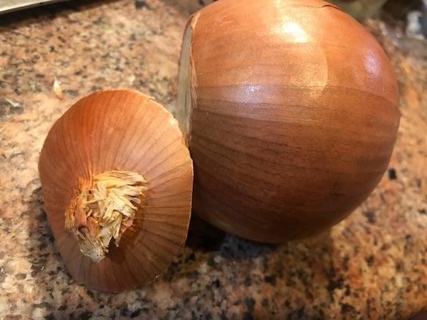 stem cut off onion