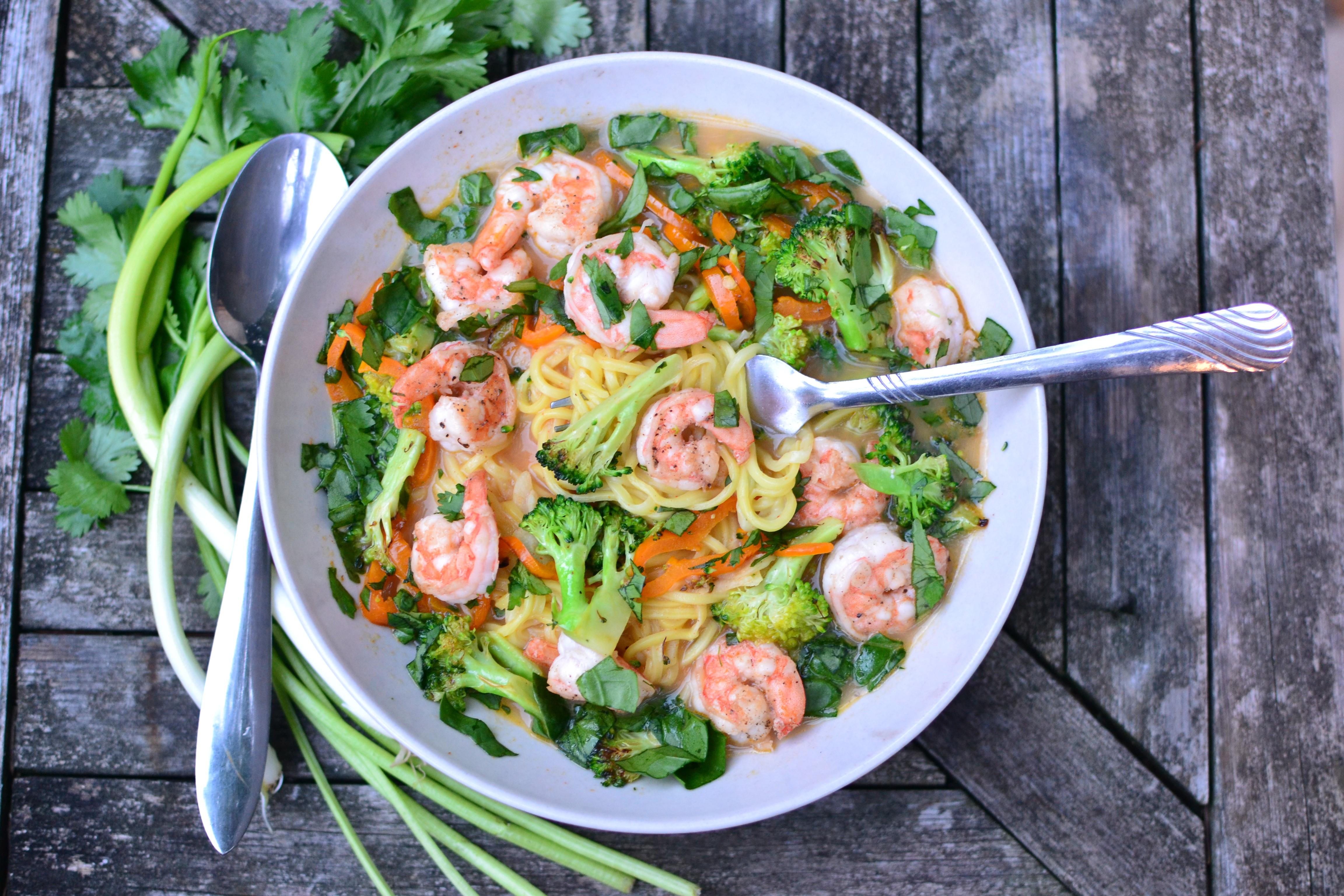 thai noodle shrimp bowl