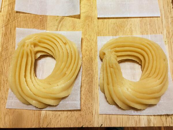 two crullers piped
