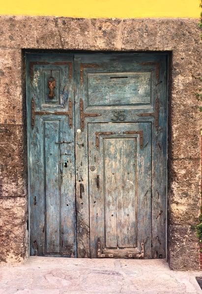 unassuming doors of san miguel
