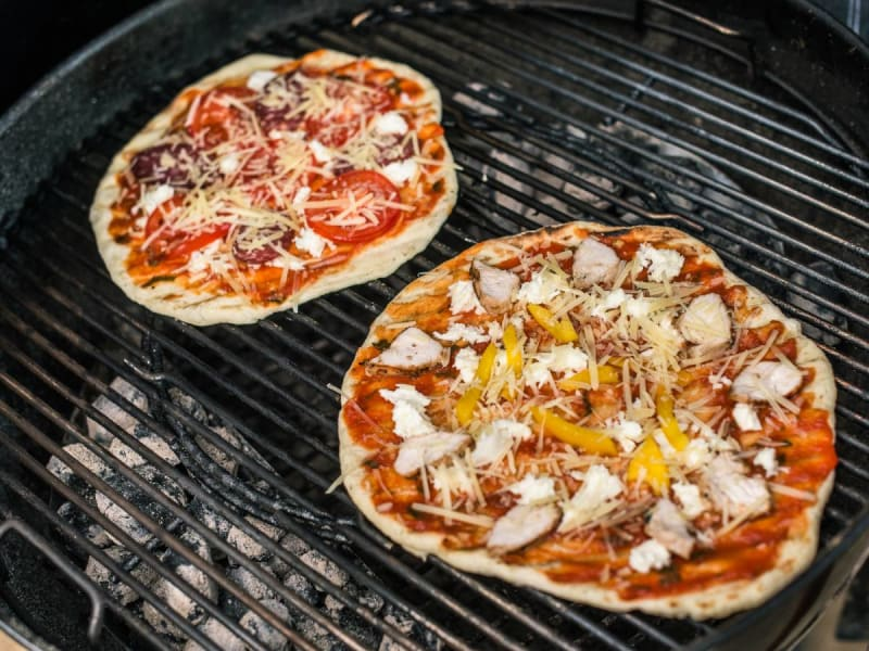 Pizza_on_Grill