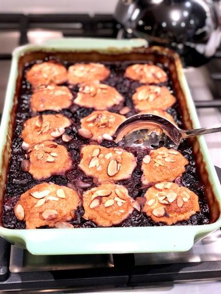 baked cherry cobbler