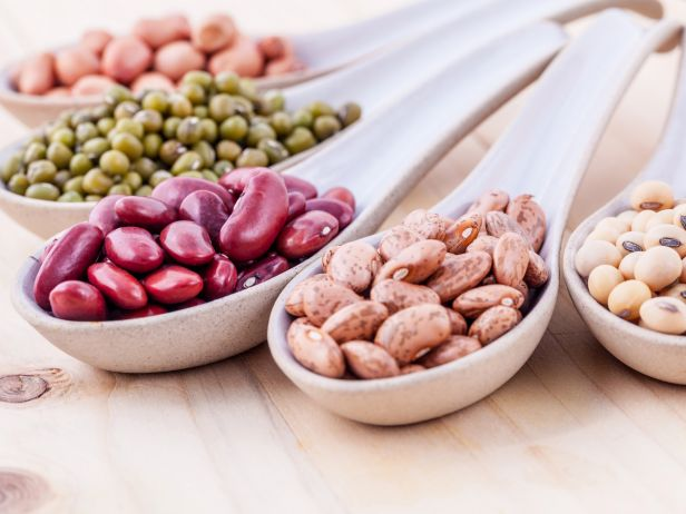 HE_getty_assorted-beans-and-pulses_s4x3.jpg.rend.sni18col