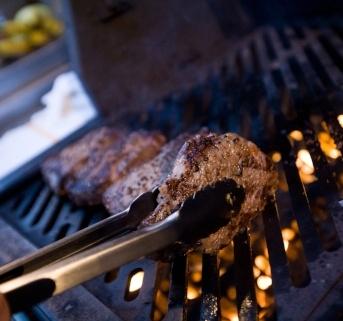 steakgrillhomebox.jpg