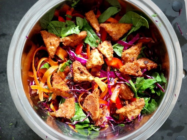 Rainbow Thai-Inspired Salad with Peanut Tempeh